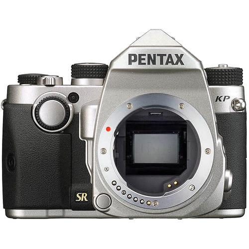 Zestaw lustrzanka Pentax KP srebrny + obiektyw Pentax HD DA 18-50mm F4-5.6 DC WR RE